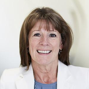 Dr Anne Fairey